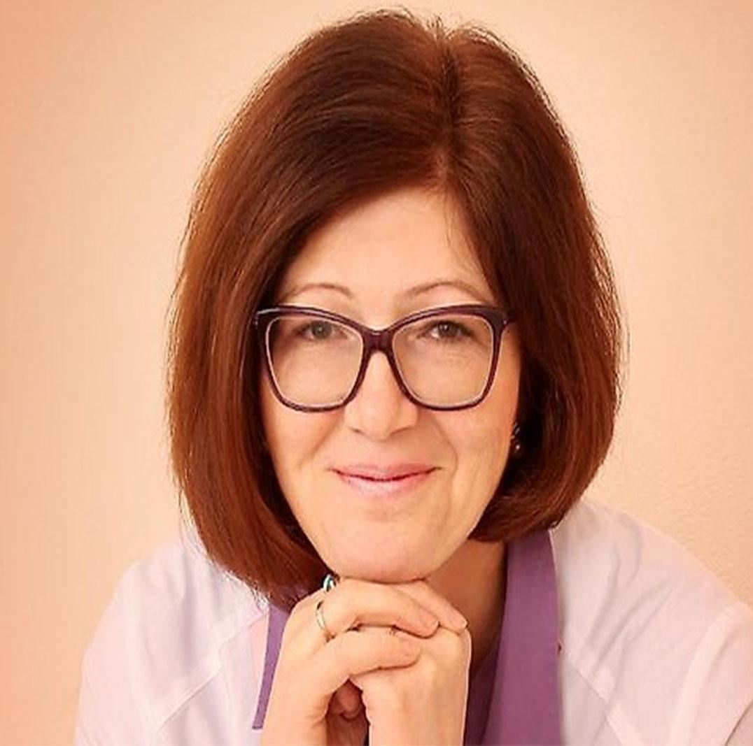 Петрякова